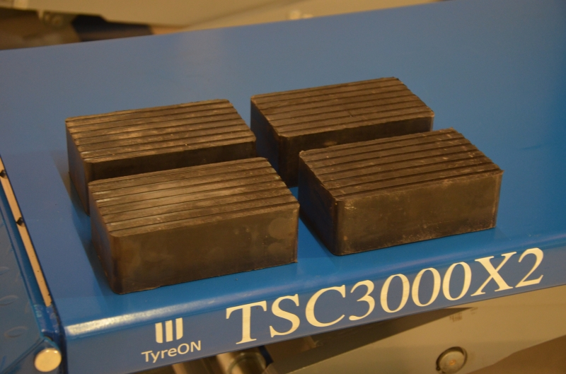Ongebruikt TyreON TSC3000X2 dubbele schaarbrug opbouw   SNS Trade Shop SC-59